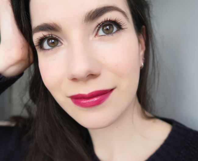 burlesque bellapierre lipstick