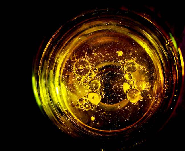 l'huile de ricin pour fortifier les cils